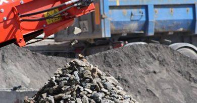 Konstrukční betony pocházející znosných prvků obytných budov nebo zdopravních staveb.